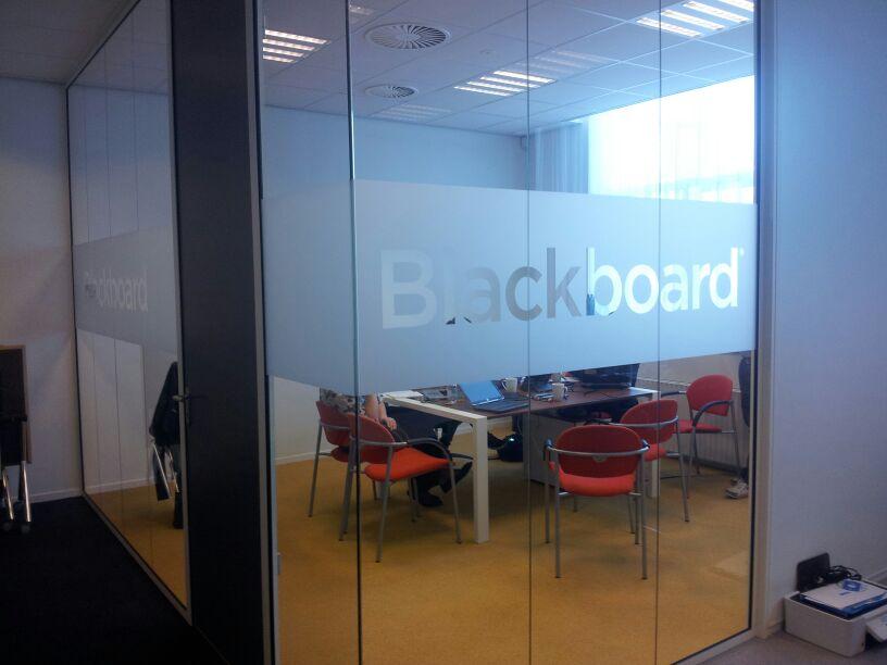 Raamfolie kantoor bedrijven glazenwand windowdeco - Kantoor deco ...