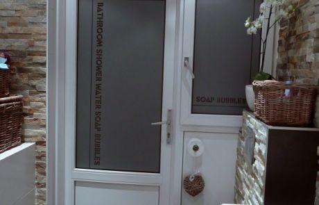 badkamer, deur, raamfolie