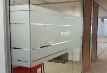 Glasfolie op maat naar eigen idee online ontwerpen.